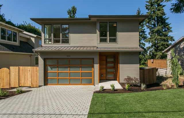 New modern homes in portland oregon from h hudson homes for Contemporary homes portland